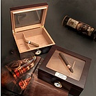 Engravable Glasstop Mahogany Finished Humidor