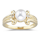 Diamond and Pearl Ring in 14K Yellow Gold
