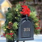 Pre-Lit Classic Christmas Mailbox Garland