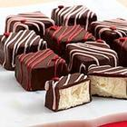 9 Valentine's Cheesecake Bites