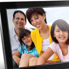 Rich and Vibrant Color Digital Photo Frame