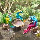 Metal Poker-Playing Frogs Sculpture