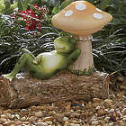 Napping Frog with Solar Mushroom Light Garden Statue