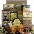 Elegant Expressions: Gourmet Gift Basket