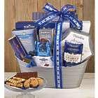 Distinctive Delights Holiday Gift Basket