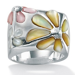 Mother-Of-Pearl Sterling Silver Daisy Ring