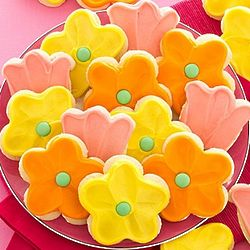 Frosted Flower Cutout Cookie Gift Box