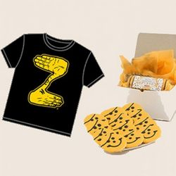 Pirates Smiley Cookies and Zoltan T-Shirt Gift Box
