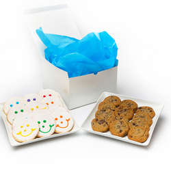 Original Smileys and Gourmet Chocolate Chip Cookies Gift Box