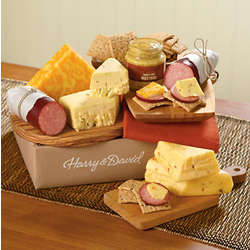 Sausage, Cheese and Crackers Classic Gift Box
