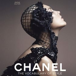 Chanel: The Vocabulary of Style Book