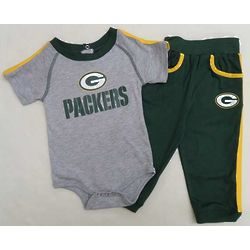 Infant's Green Bay Packers Grey Creeper and Green Pants
