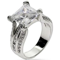 Elegant Princess Cut Cubic Zirconia Engagement Ring