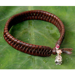 Brown Rose Nest Leather and Pearl Floral Bracelet