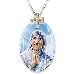 Mother Teresa Crystal Pendant Necklace