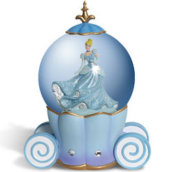 Cinderella's Carriage Musical Water Globe