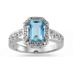 14k White Gold Prong Emerald Cut Aquamarine Diamond Ring