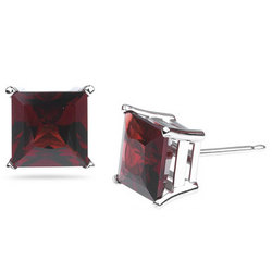 Garnet Stud Earrings in 14K White Gold