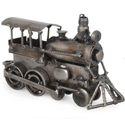 Rustic Steam Engine Iron Sculpture