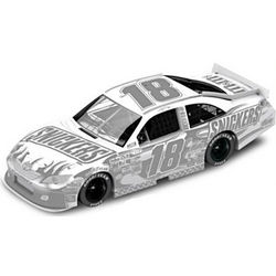 NASCAR Kyle Busch No. 18 Snickers Ice 2011 Diecast Car