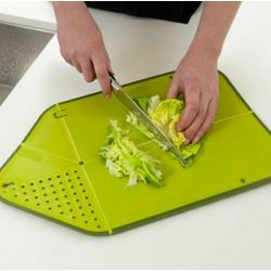 Kitchenventive Chop and Drip Cutting Board