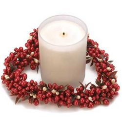 Berry Wreath Candle Gift Set