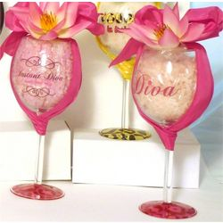 Diva Wine Glass with Bath Salts