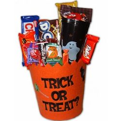 Trick-or-Treat Felt Gift Pail