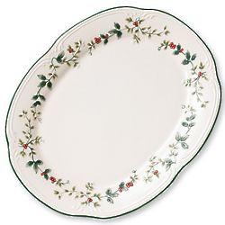 Winterberry Sculpted Oval Platter