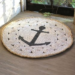 Round Anchor Rush Grass Rug