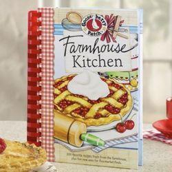 Gooseberry Patch Farmhouse Kitchen Cookbook