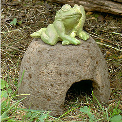 Mini Toad House for Garden