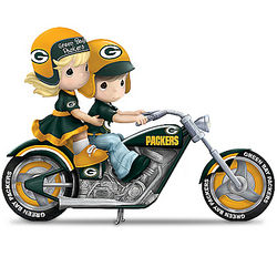 Gearing Up for a Season Green Bay Packers Figurine