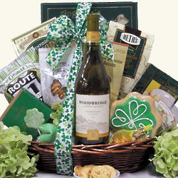 Irish Blessings White: St. Patrick's Gourmet Wine Gift Basket