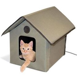 Waterproof Heated Cat House with Fleece Cover