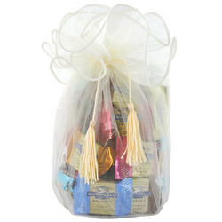 Ivory Organza Gift Bag with Squares Chocolates