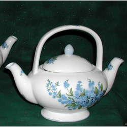 Double-Spout Teapot