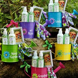 Personalized Cheerful Watering Can Garden Set