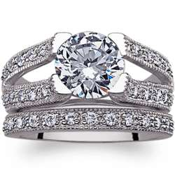 Antiqued Cubic Zirconia Solitaire Wedding Ring Set