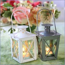 Luminous Mini-Lanterns Favors