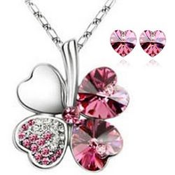 Lucky Sweethearts Four Leaf Clover Pendant Necklace and Earrings