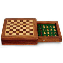Brave Warrior Wood Travel Chess Set