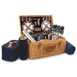 New England Patriots Windsor Willow Picnic Basket