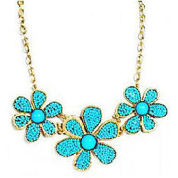 Turquoise Colored Seaded Beads Daisy Necklace