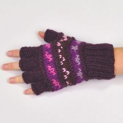 Fingerless Patterned Gloves