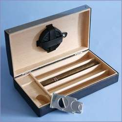 Personalized Leather Travel Humidor with Cigar Cutter