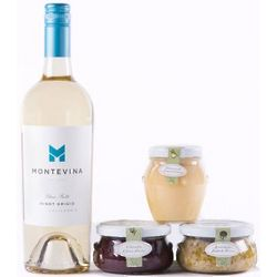 Bella Cucina and Pinot Grigio Gift Set