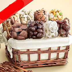 Organic Sweet and Savory Snacks Basket
