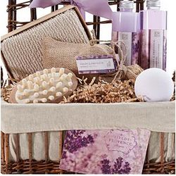 Lavender Fields of Provence Bath & Body Spa Basket