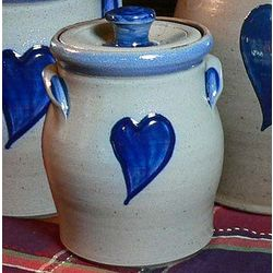 1 Quart Heart Stoneware Canister